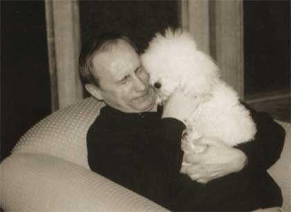 Naveca tajna - Putin sa pudlicom mezimicom Tosjom